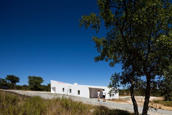 JM_Casa_Odemira-terrain