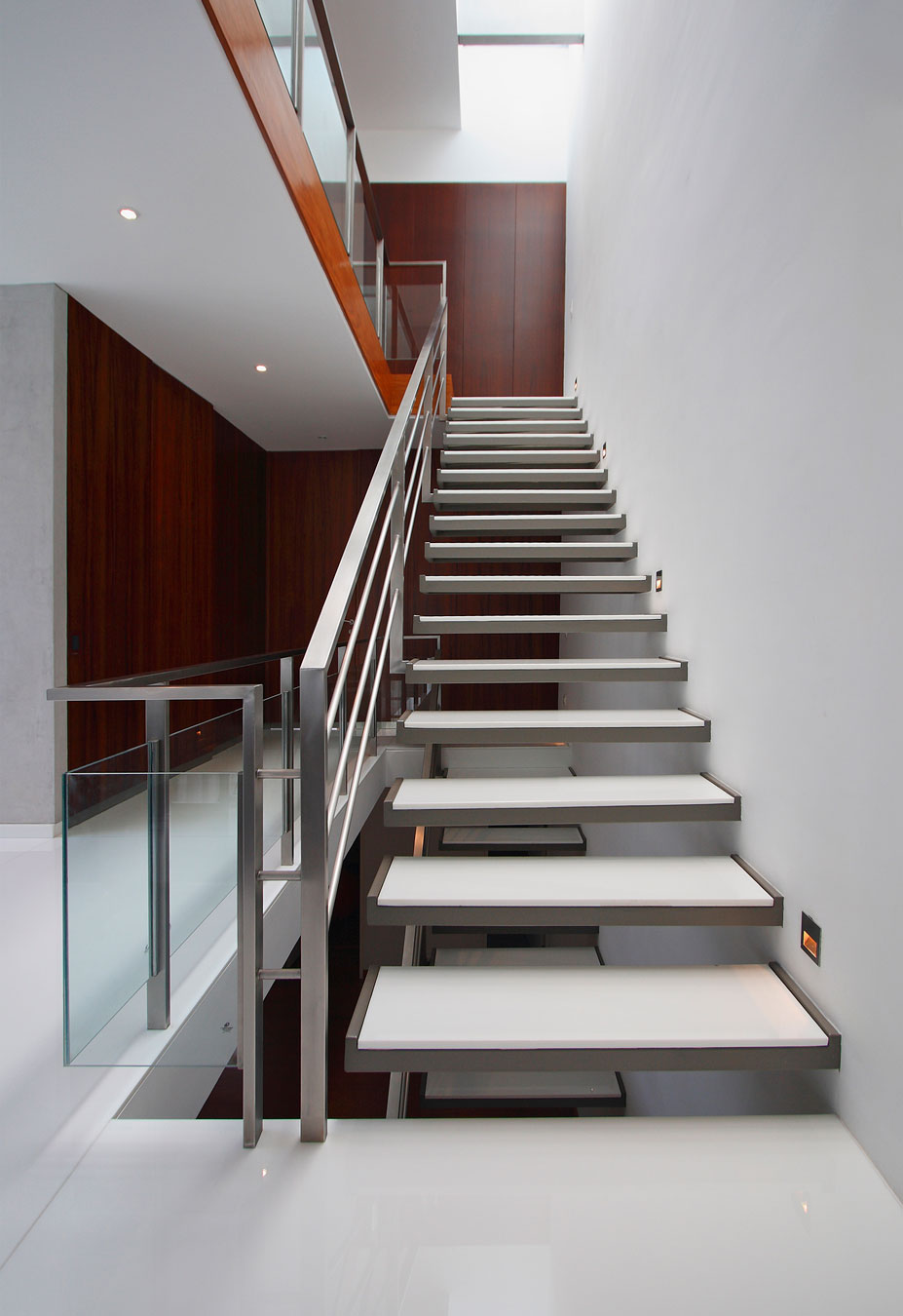 Details-Staircase-White-Elements