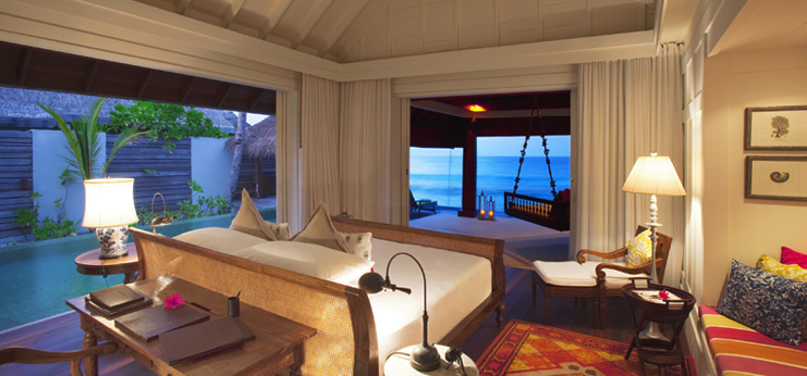 Naladhu_Ocean_House_Bedroom