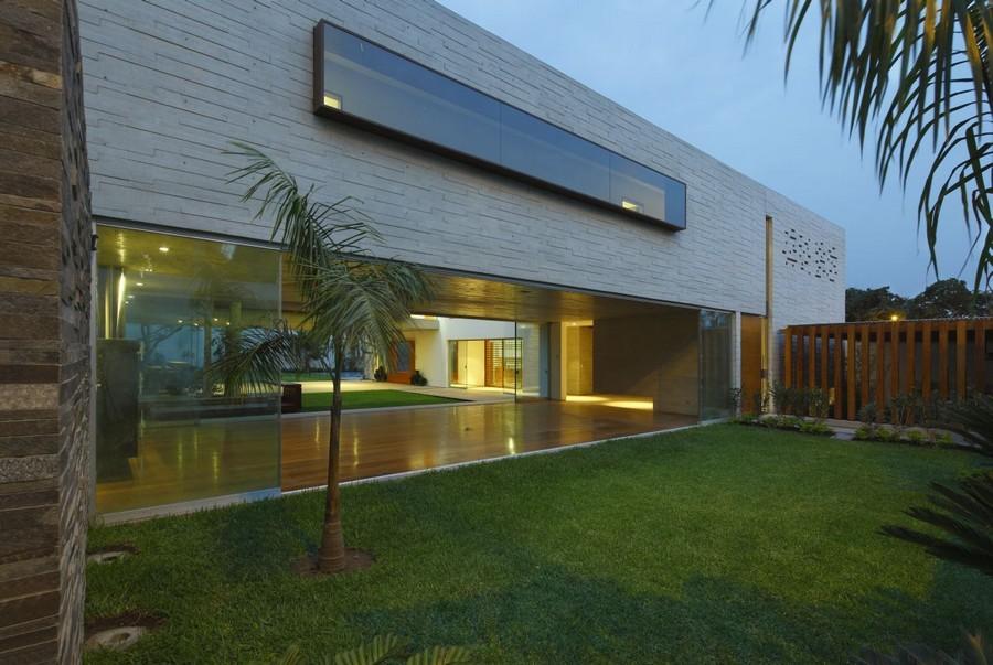 Project-La-Planicie-House-Ii-13