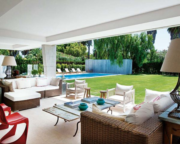 spanish-summer-home-with-contemporary-indoor-outdoor-design-1-thumb-630x504-12656