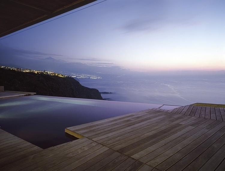 004-jardin-del-sol-house-caa-architects