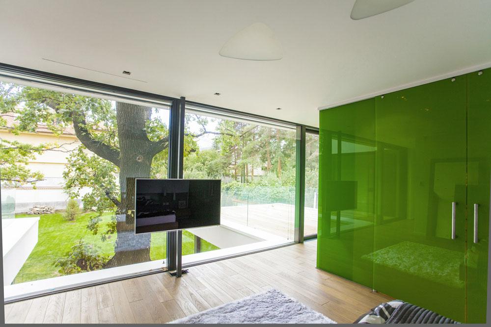 2-Oaks-House-by-Ostrev-Baylov-Ignatov-Architects-5