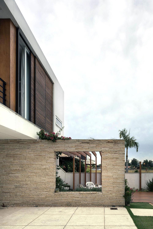 Casa-Ceolin-by-AT-Arquitetura-1
