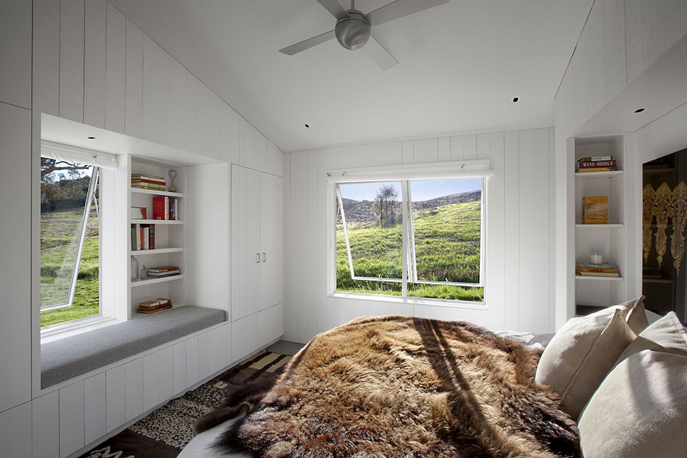 Eco-friendly-Hupomone-Ranch-by-Turnbull-Griffin-Haesloop-Architects-7