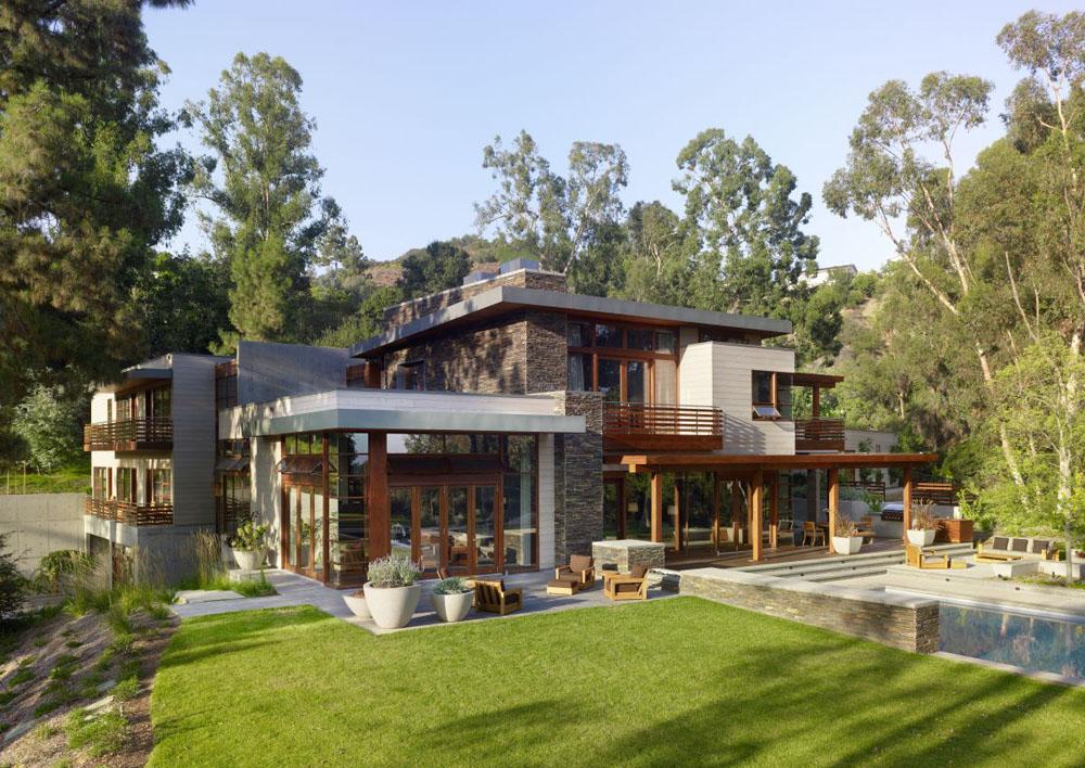 ภาพภายนอกของบ้านขนาดสามชั้น