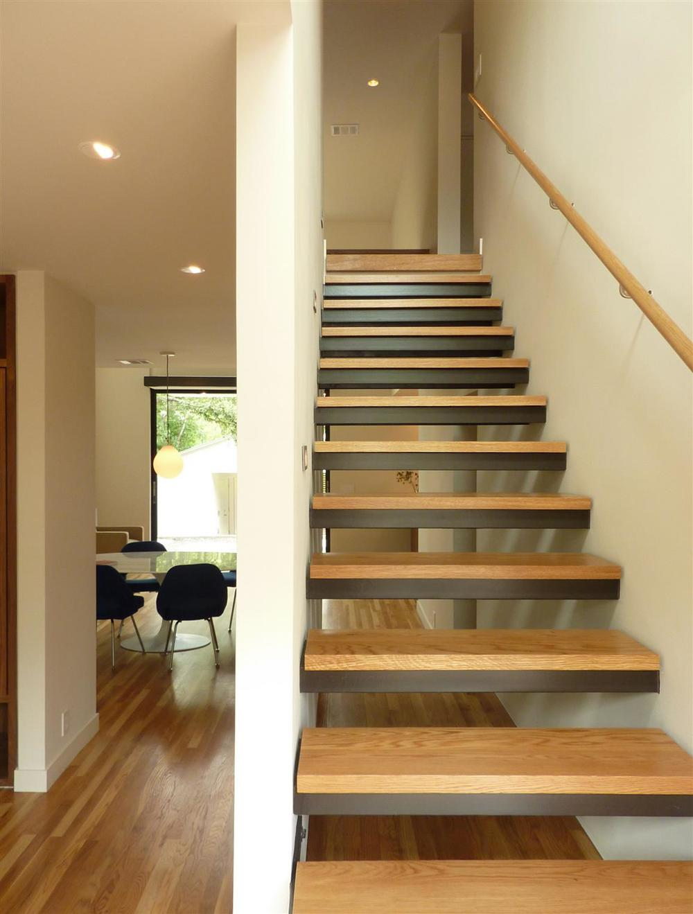 CHER_STAIR
