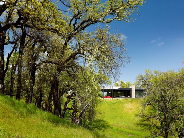 Long-Valley-Ranch-House-Marmol-Radziner-10-1-Kindesign