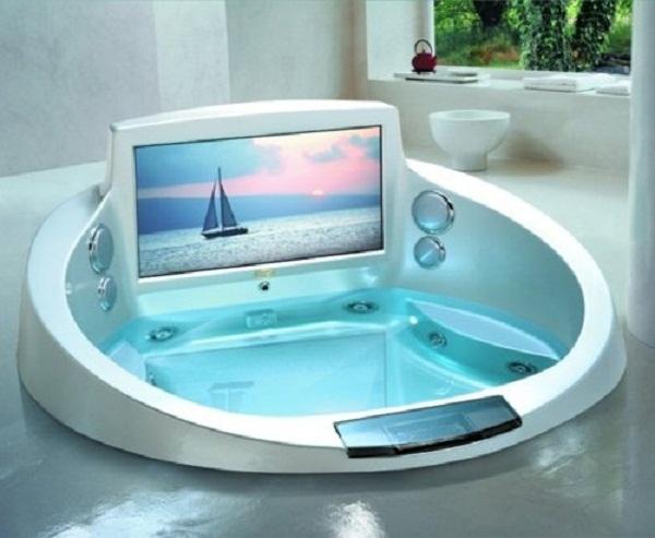 Bathtub-TV