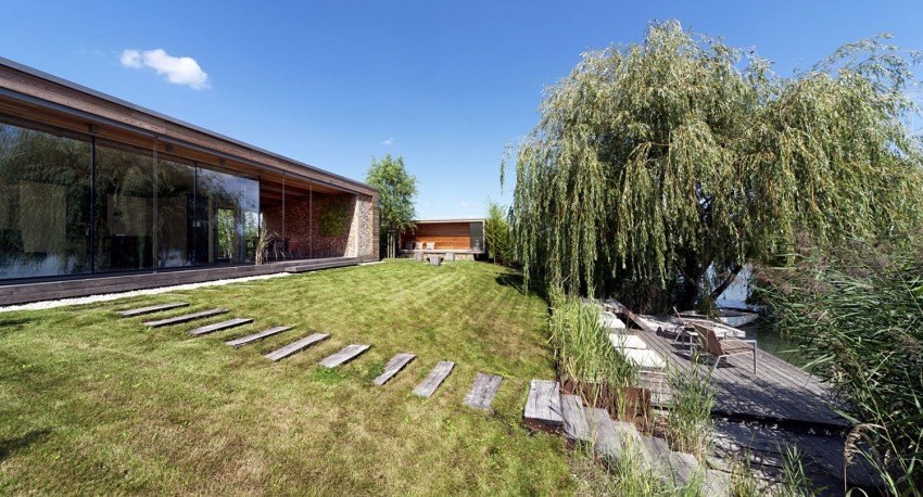 Holiday-Cottage-02-850x458