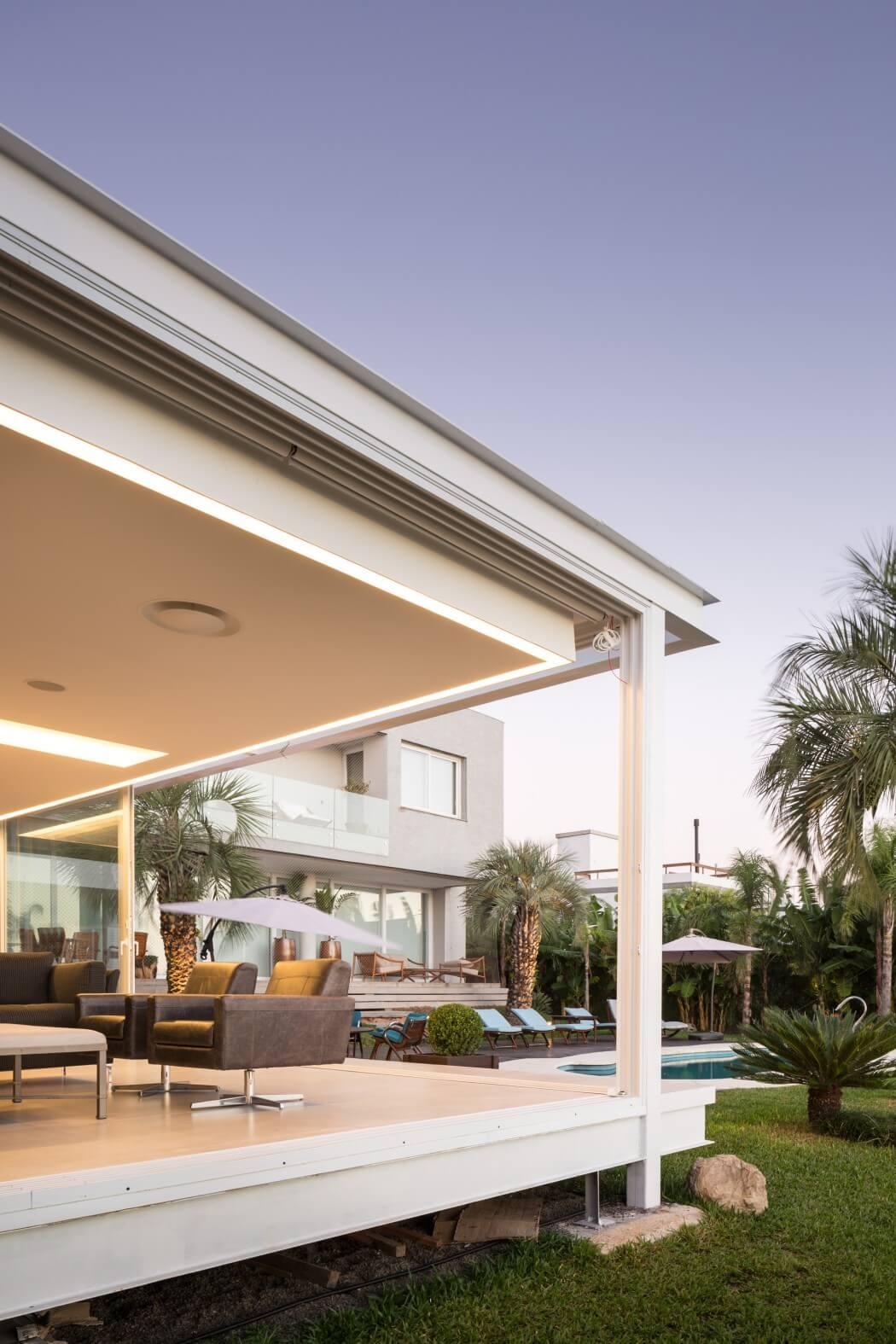 modern-pool-residence-11
