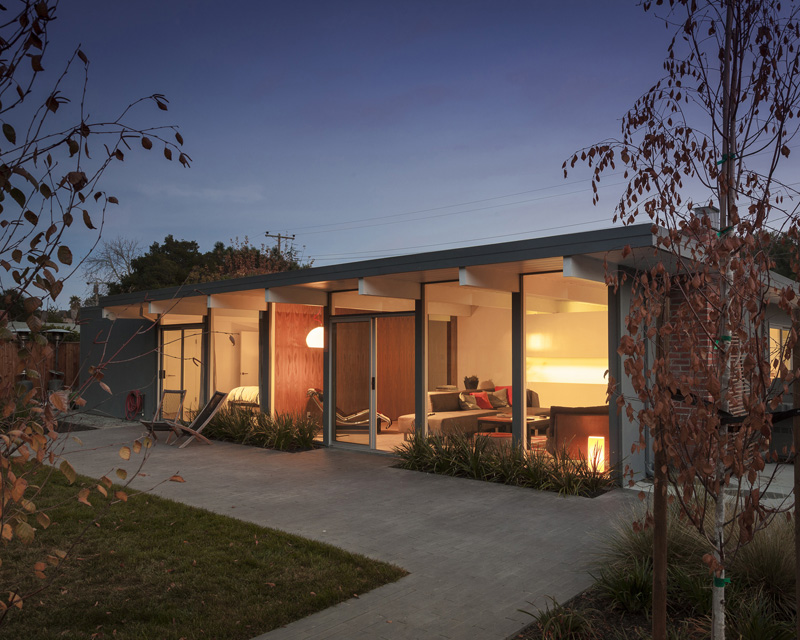 contemporary_home_290415_06