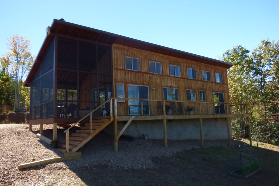 simply-home-modern-cabin-12