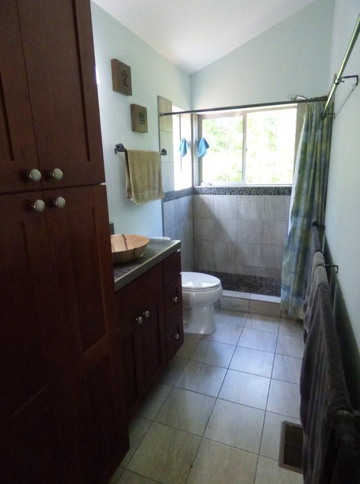 simply-home-modern-cabin-9