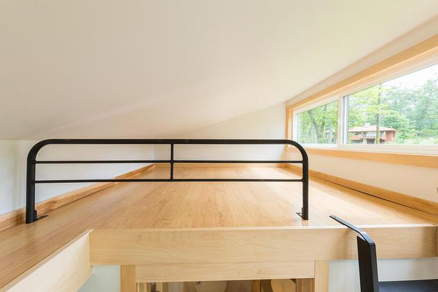 tiny-home-on-trailer-escape-homes-traveler-10-sleeping-attic-thumb-630xauto-55004