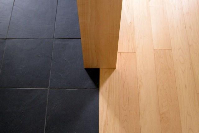 Two-storey-Medium-Contemporary-house-interior-pretty-easy-smooth-4