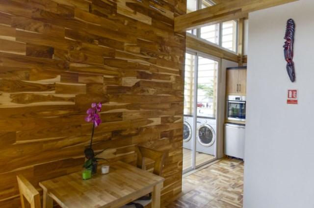 wooden-Compact-Modern-Home-5