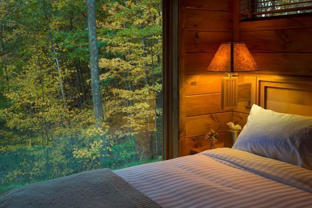 Beautiful-scenery-outside-the-bedroom-window-620x413