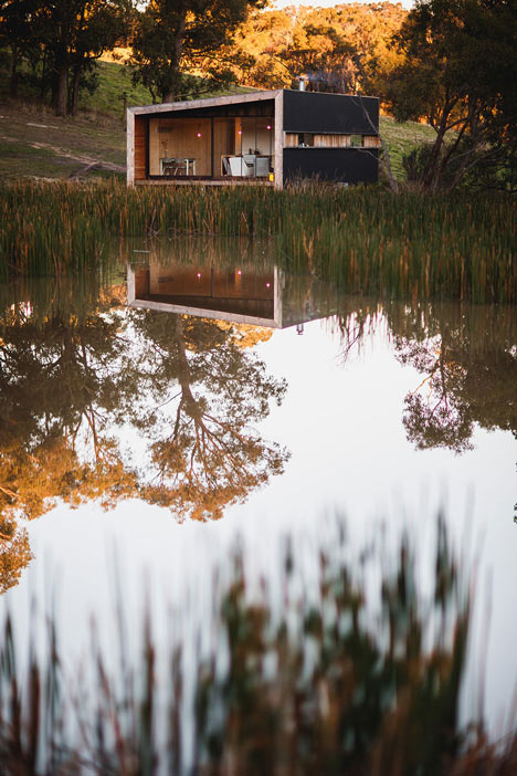 Pump-House-by-Branch-Studio-Architects_dezeen_11