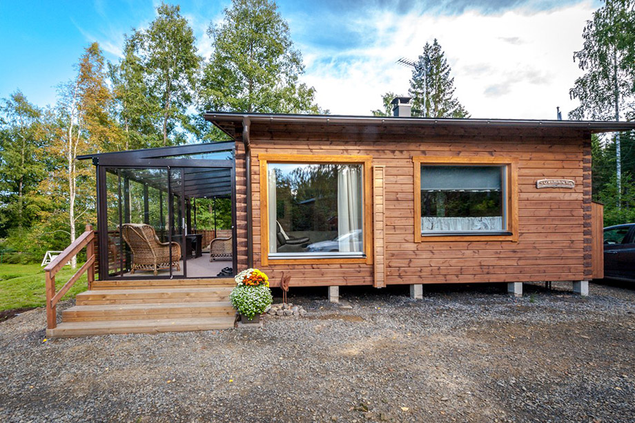 Wooden-House-in-Finland-03