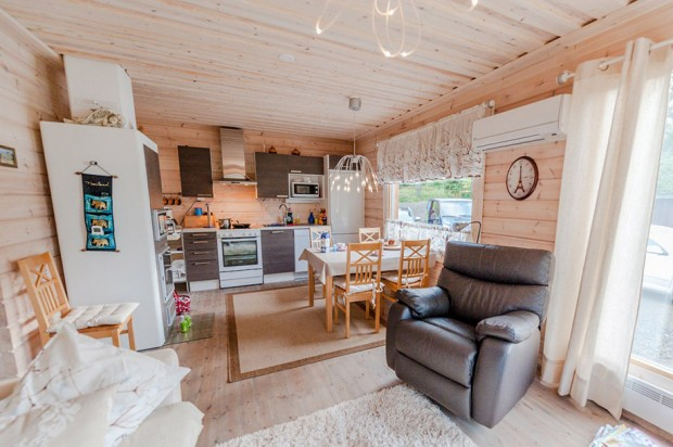 Wooden-House-in-Finland-10-620x412