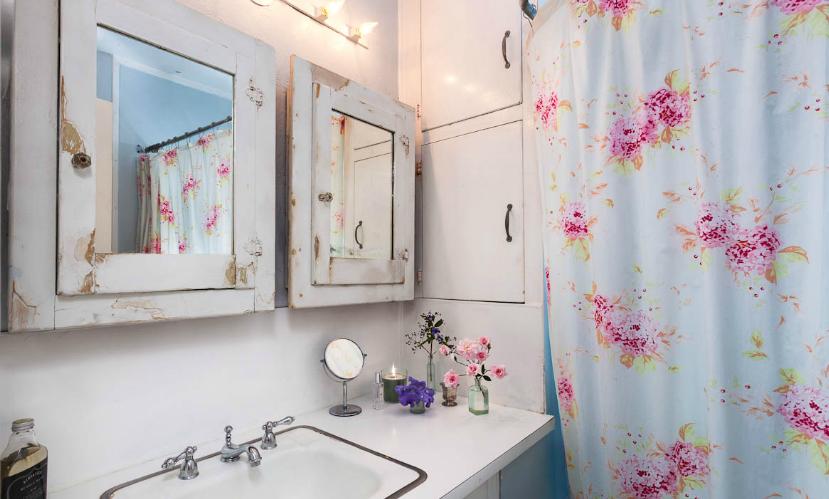 ห้องน้ำยังคงกลิ่นอายของความวินเทจ